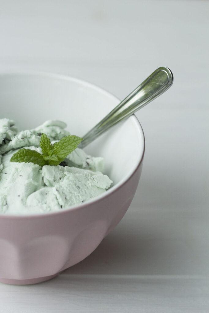 Fresh Peppermint Ice Cream