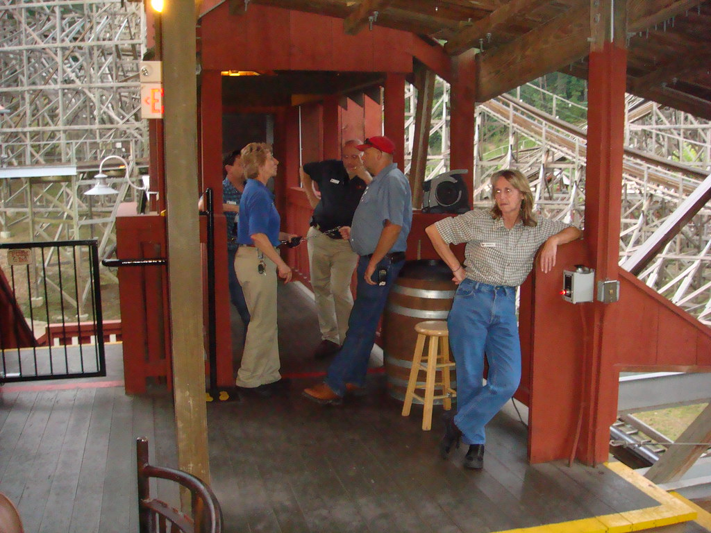 Dollywood Coster Yards