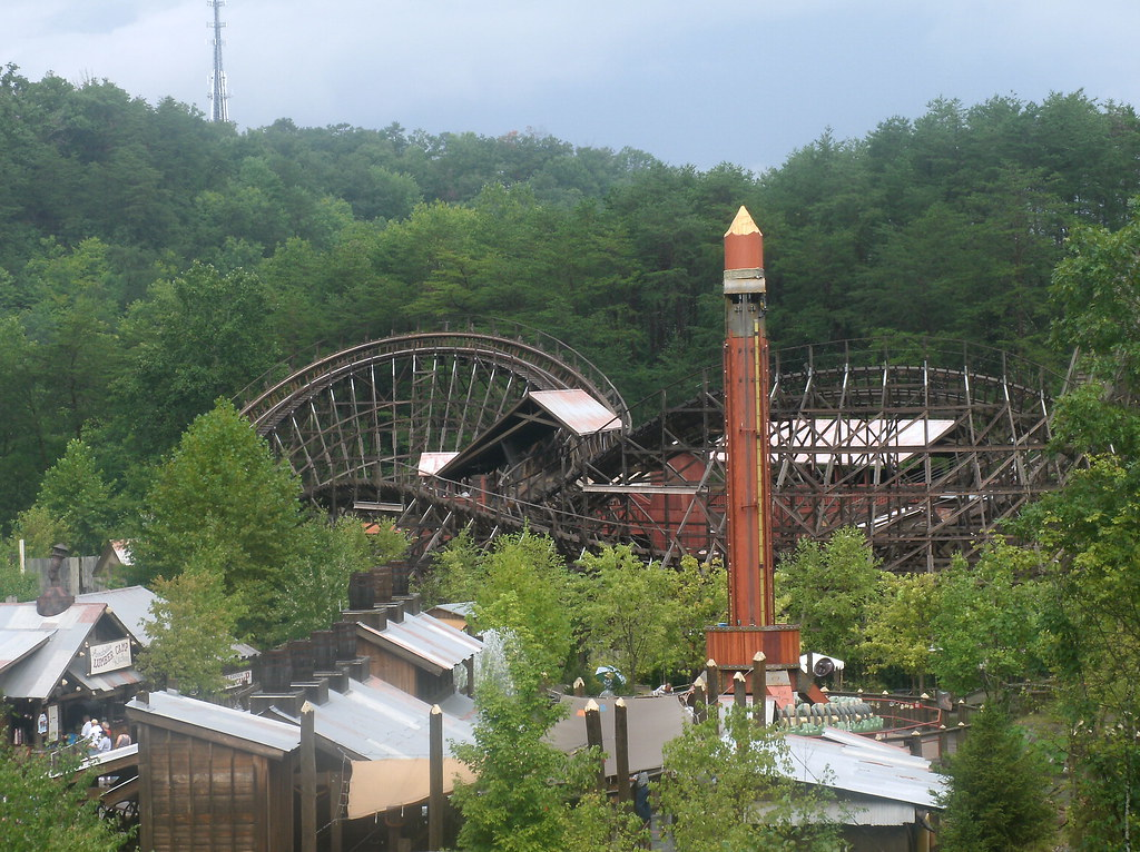 Dollywood Mapleview Acres